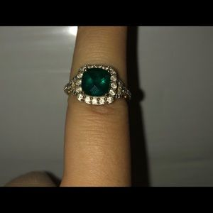 Emerald 10k gold ring